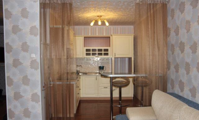 Аренда двухкомнатной квартиры поселок городского типа Октябрьский, цена 35000 рублей, 2021 год объявление №246628 на megabaz.ru