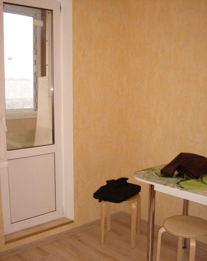 Аренда однокомнатной квартиры поселок городского типа Октябрьский, цена 23000 рублей, 2020 год объявление №433917 на megabaz.ru