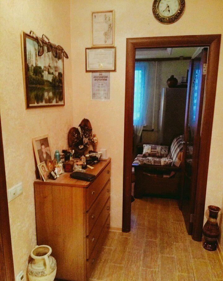 Продажа однокомнатной квартиры поселок городского типа Октябрьский, цена 4000000 рублей, 2020 год объявление №206697 на megabaz.ru