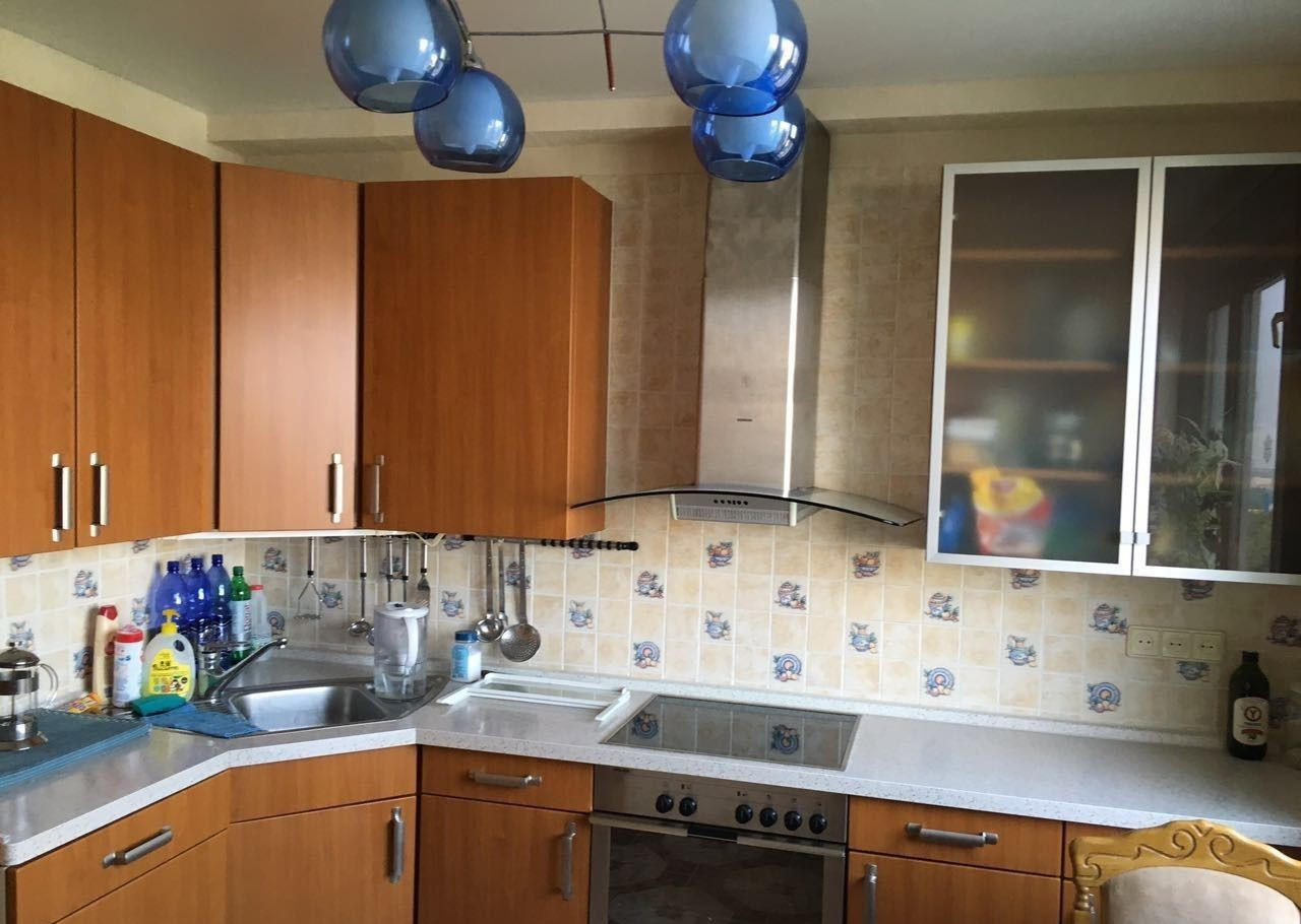 Купить трёхкомнатную квартиру в Москве у метро Калужская - megabaz.ru