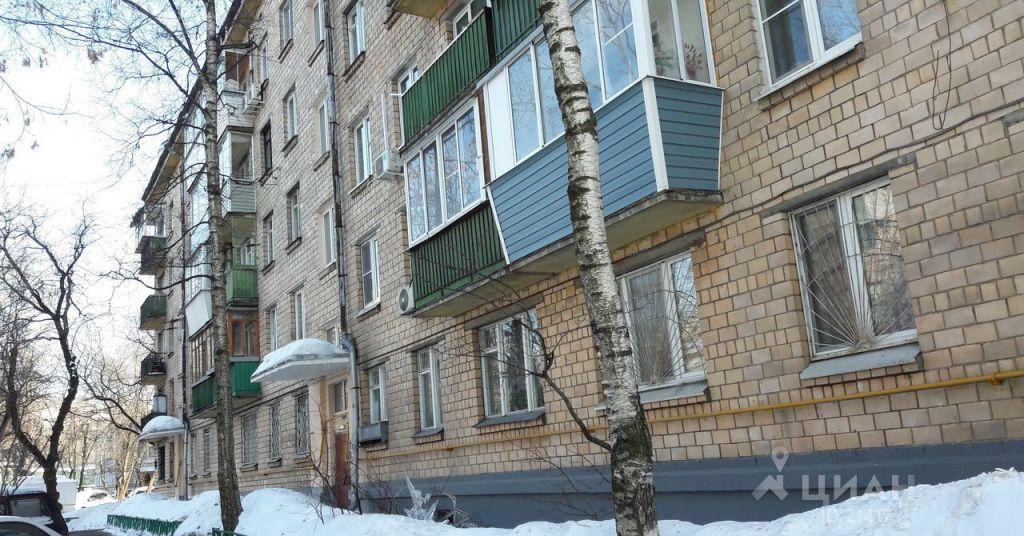 Аренда двухкомнатной квартиры Москва, метро Новослободская, Угловой переулок, цена 45000 рублей, 2021 год объявление №700148 на megabaz.ru