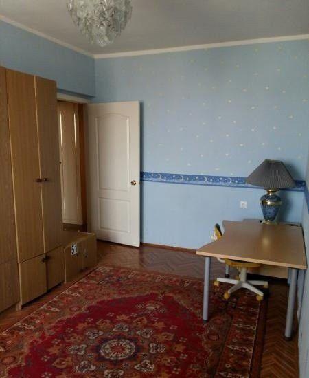 Аренда трёхкомнатной квартиры поселок городского типа Октябрьский, цена 30000 рублей, 2021 год объявление №488053 на megabaz.ru