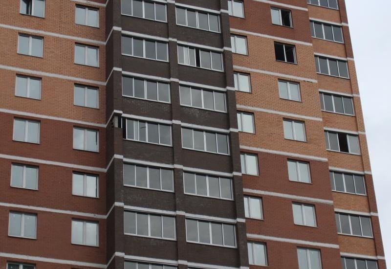 Продажа однокомнатной квартиры поселок городского типа Октябрьский, Школьная улица 1к2, цена 2550000 рублей, 2021 год объявление №105763 на megabaz.ru