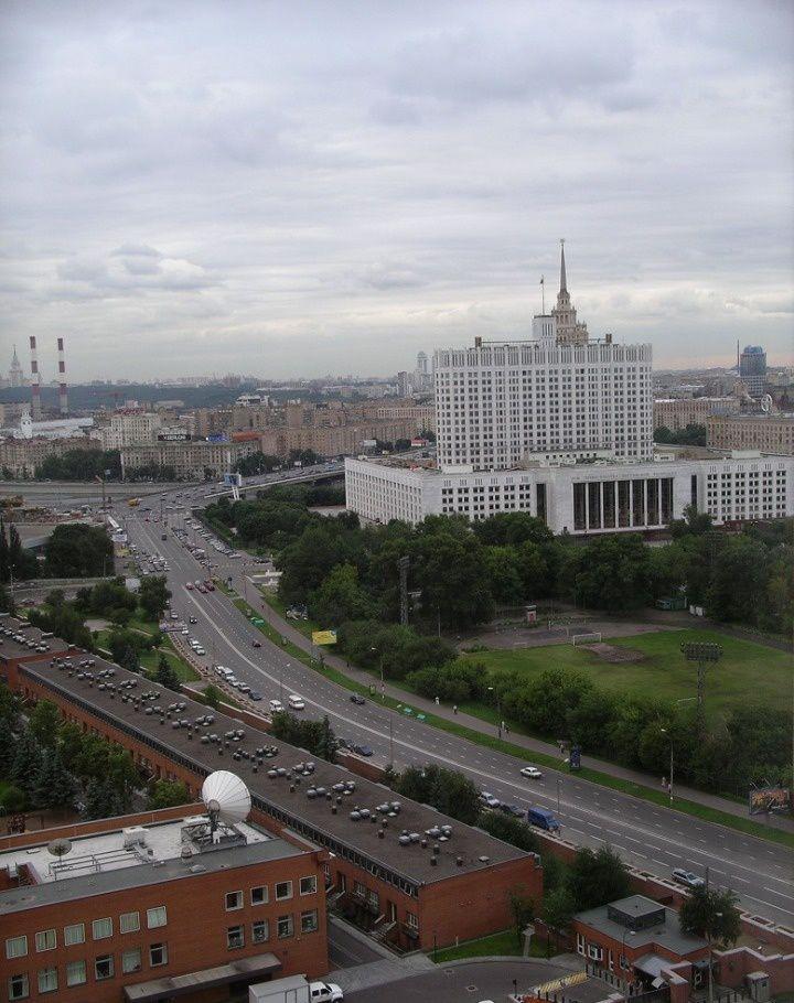 Продажа двухкомнатной квартиры Москва, метро Баррикадная, Кудринская площадь 1, цена 43500000 рублей, 2021 год объявление №195680 на megabaz.ru