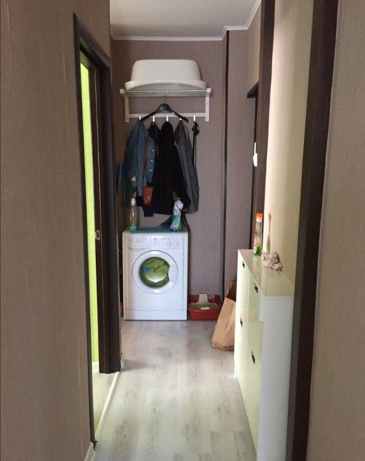 Продажа двухкомнатной квартиры поселок городского типа Октябрьский, Первомайская улица 6, цена 3850000 рублей, 2021 год объявление №127345 на megabaz.ru