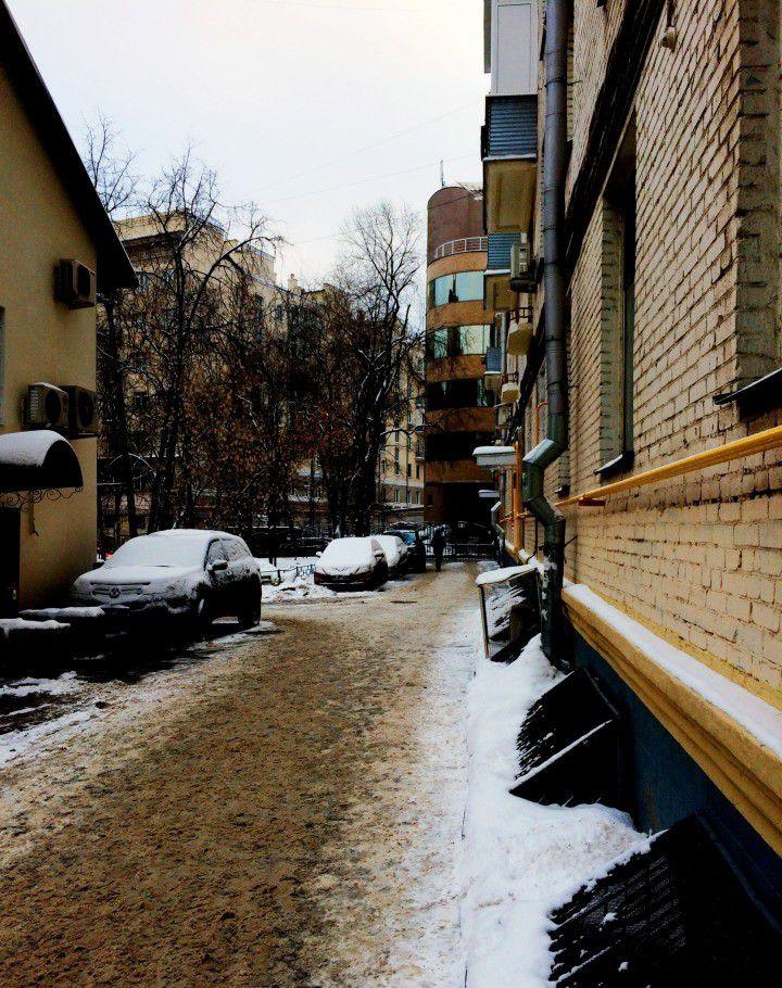 Продажа однокомнатной квартиры Москва, метро Курская, Яковоапостольский переулок 17, цена 3460000 рублей, 2021 год объявление №127396 на megabaz.ru