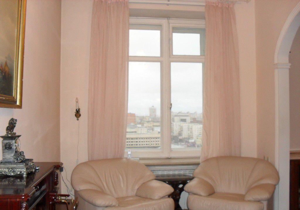 Продажа двухкомнатной квартиры Москва, метро Баррикадная, Кудринская площадь 1, цена 35000000 рублей, 2021 год объявление №127820 на megabaz.ru