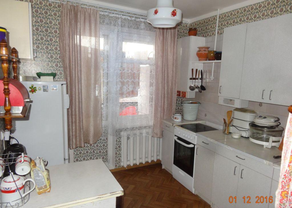 Продажа двухкомнатной квартиры поселок городского типа Максатиха, метро Баррикадная, цена 1400000 рублей, 2021 год объявление №127908 на megabaz.ru