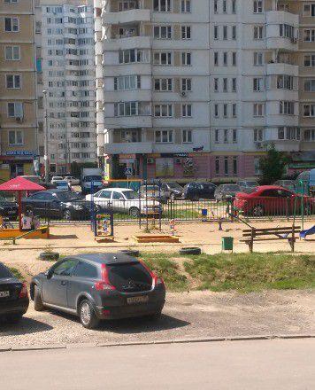Продажа однокомнатной квартиры поселок городского типа Октябрьский, улица Текстильщиков 7Б, цена 3600000 рублей, 2021 год объявление №6688 на megabaz.ru