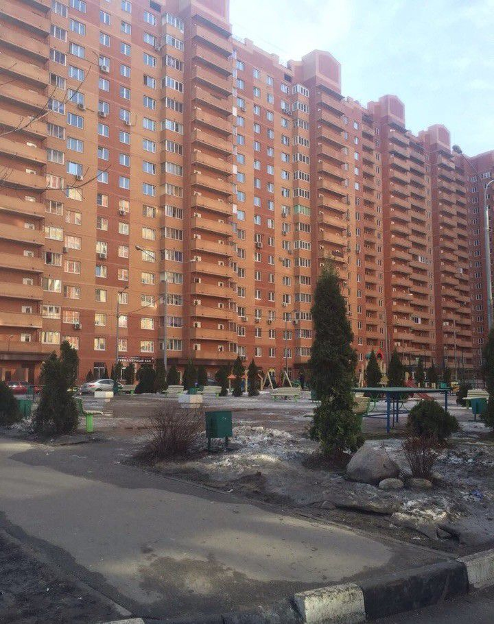 Продажа однокомнатной квартиры поселок городского типа Октябрьский, улица 60 лет Победы 6, цена 4200000 рублей, 2021 год объявление №134272 на megabaz.ru