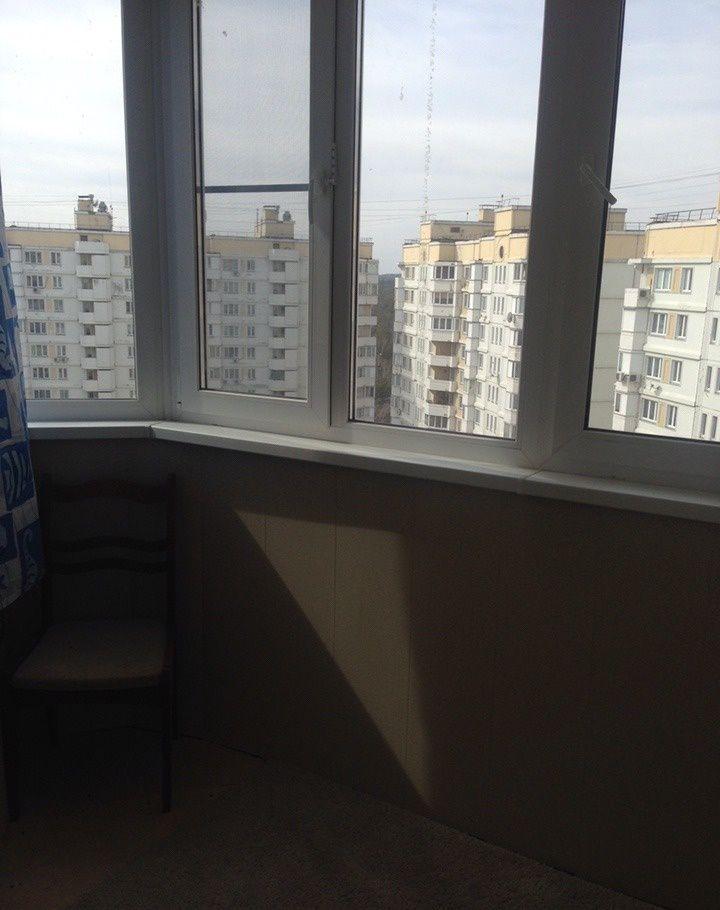 Аренда трёхкомнатной квартиры поселок городского типа Октябрьский, улица 60 лет Победы 3, цена 35000 рублей, 2021 год объявление №555830 на megabaz.ru
