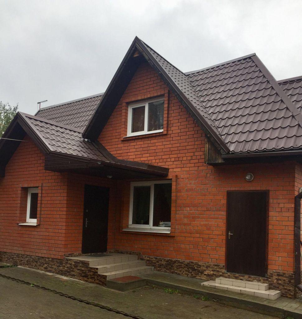 Аренда дома село Ям, Рощинская улица 8, цена 40000 рублей, 2021 год объявление №764586 на megabaz.ru