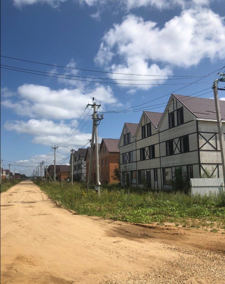 Продажа дома деревня Ульянки, цена 2000000 рублей, 2021 год объявление №235189 на megabaz.ru