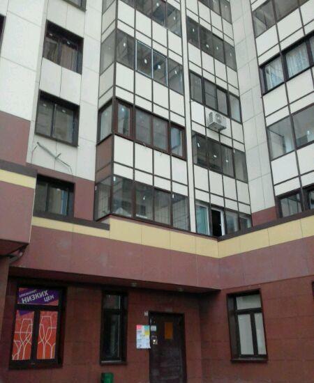 Продажа трёхкомнатной квартиры поселок городского типа Октябрьский, улица Ленина 25, цена 0 рублей, 2021 год объявление №162361 на megabaz.ru