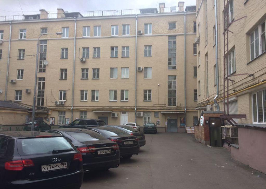 Снять четырёхкомнатную квартиру в Москве у метро Спортивная - megabaz.ru