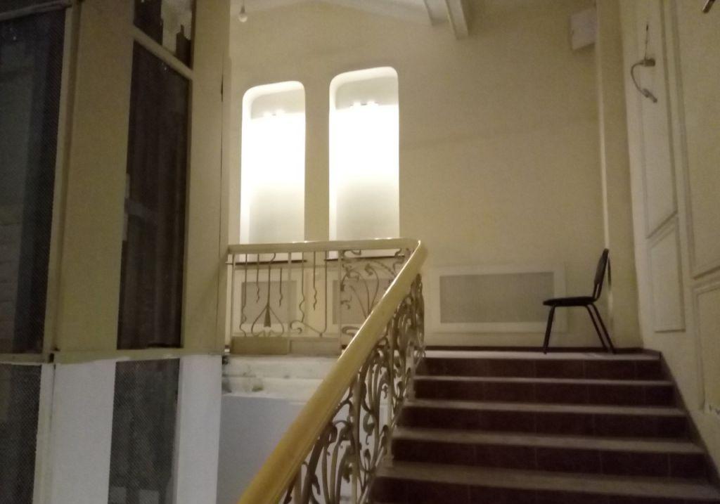 Купить четырёхкомнатную квартиру в Москве у метро Кузнецкий мост - megabaz.ru