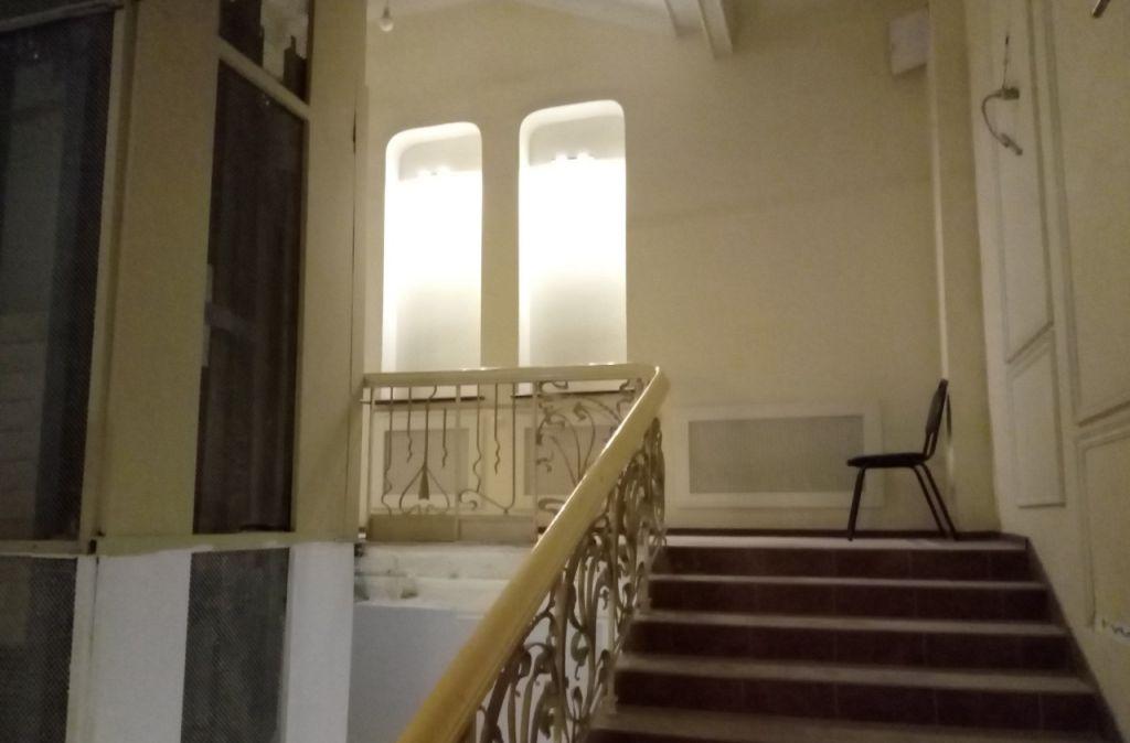 Продажа трёхкомнатной квартиры Москва, метро Кузнецкий мост, Варсонофьевский переулок, цена 42484000 рублей, 2021 год объявление №210784 на megabaz.ru