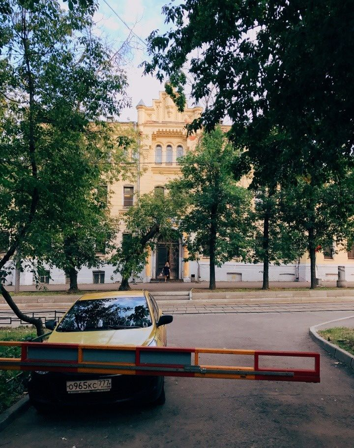 Продажа двухкомнатной квартиры Москва, метро Курская, 4-й Сыромятнический переулок 3/5с3, цена 12000000 рублей, 2021 год объявление №188828 на megabaz.ru