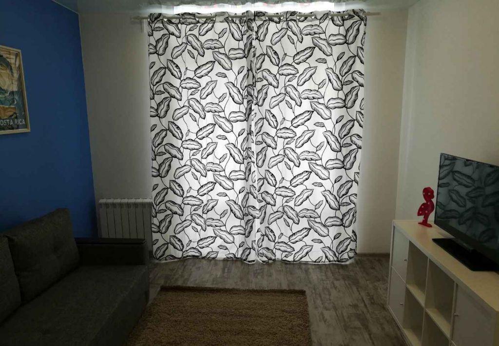 Аренда однокомнатной квартиры Лобня, улица Жирохова 3, цена 25000 рублей, 2020 год объявление №773275 на megabaz.ru