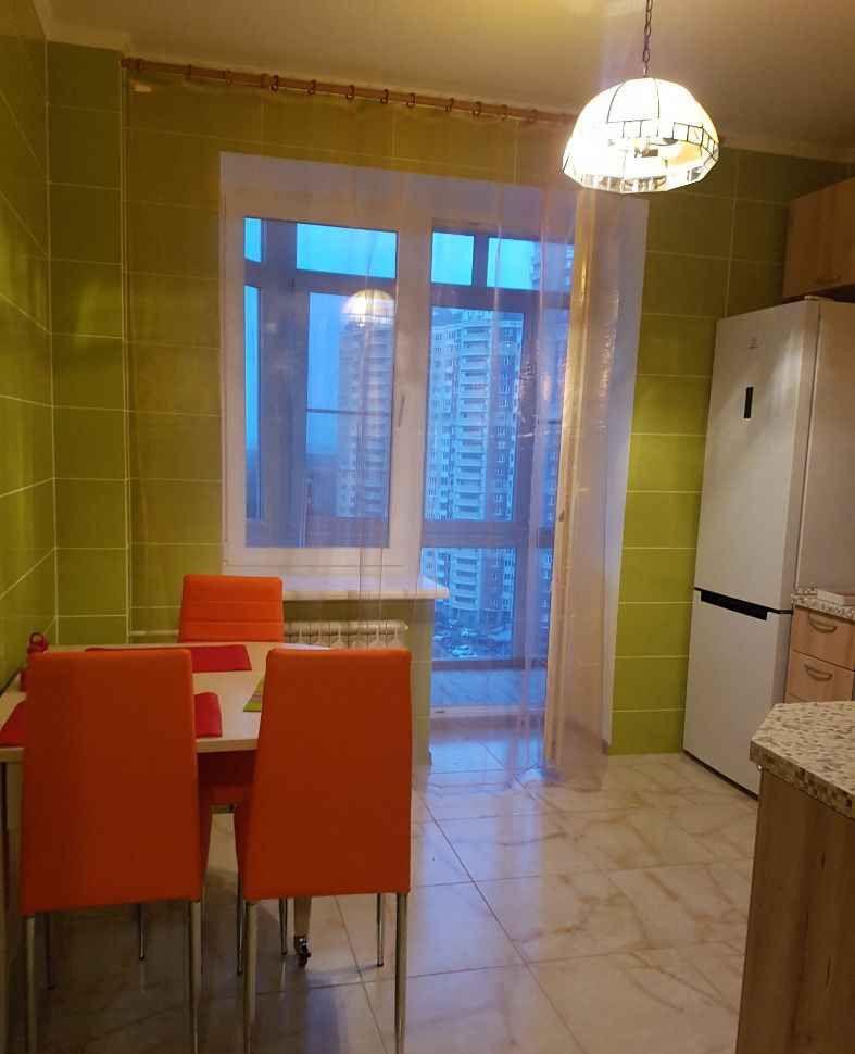 Аренда однокомнатной квартиры деревня Бутово, цена 45000 рублей, 2021 год объявление №780450 на megabaz.ru