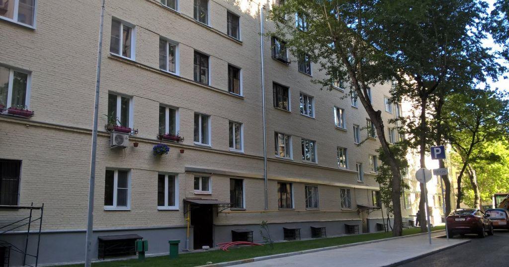 Купить четырёхкомнатную квартиру в Москве у метро Смоленская - megabaz.ru