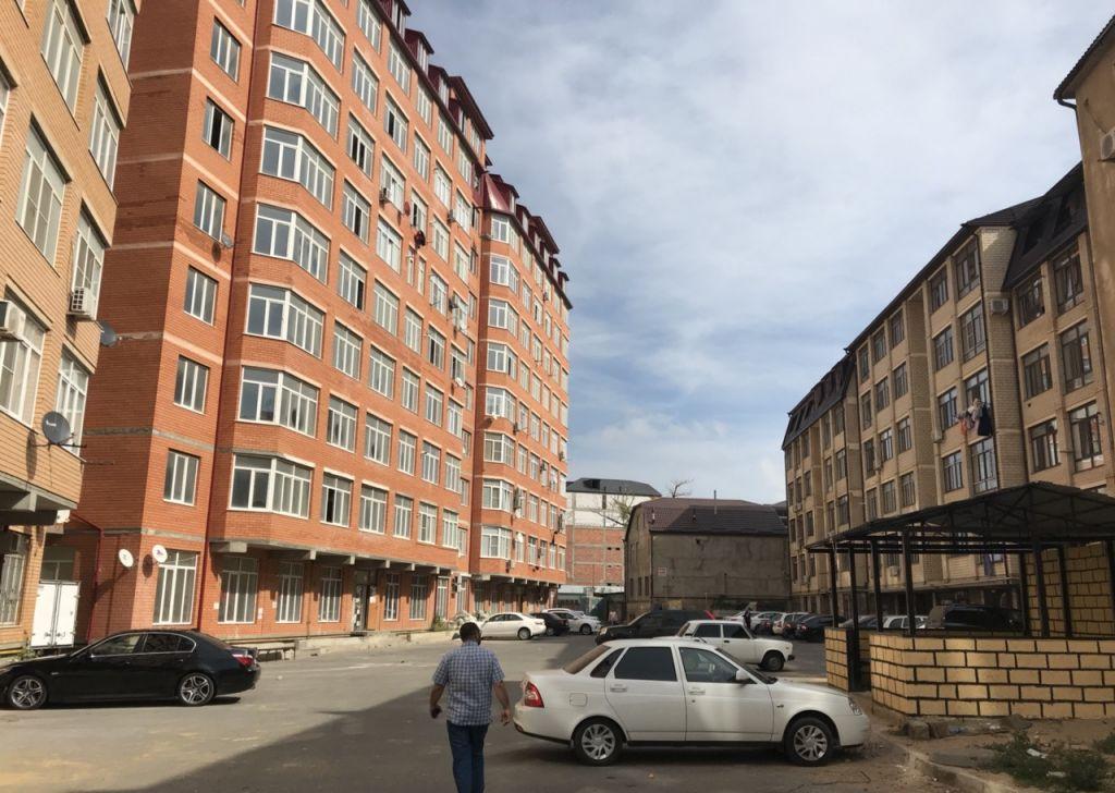 Продажа трёхкомнатной квартиры Махачкала, метро Полянка, цена 4300000 рублей, 2021 год объявление №240751 на megabaz.ru
