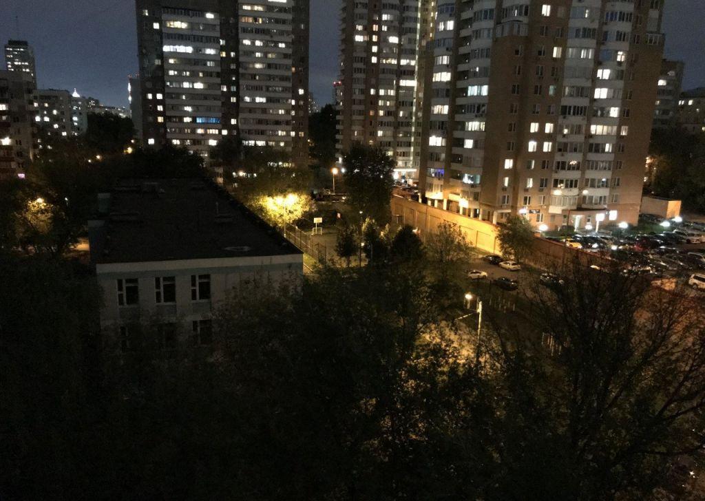 Продажа двухкомнатной квартиры Москва, метро Парк Победы, 2-й Мосфильмовский переулок 18, цена 12300000 рублей, 2021 год объявление №240779 на megabaz.ru