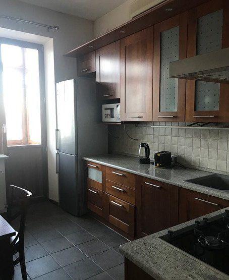 Аренда двухкомнатной квартиры Москва, метро Арбатская, Никитский бульвар 5, цена 130000 рублей, 2021 год объявление №797705 на megabaz.ru