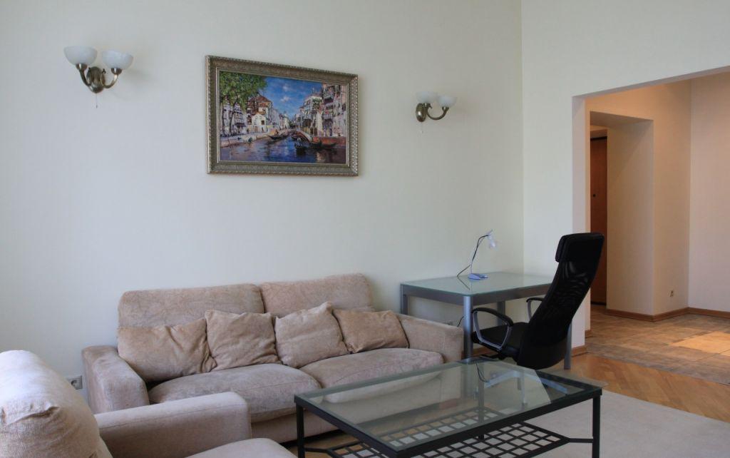 Продажа трёхкомнатной квартиры Москва, метро Театральная, Тверская улица 9, цена 58000000 рублей, 2020 год объявление №246286 на megabaz.ru
