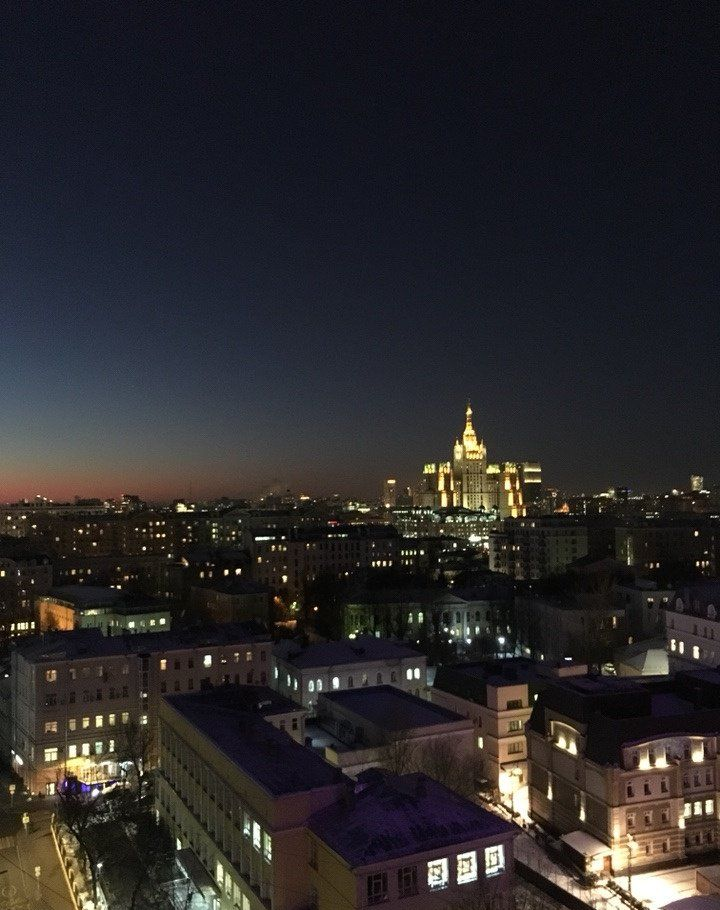 Аренда однокомнатной квартиры Москва, метро Арбатская, улица Новый Арбат 16, цена 3000 рублей, 2021 год объявление №811499 на megabaz.ru