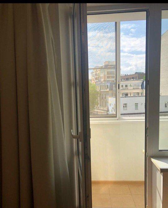 Аренда двухкомнатной квартиры Москва, метро Арбатская, Арбатская площадь, цена 1500 рублей, 2021 год объявление №812896 на megabaz.ru