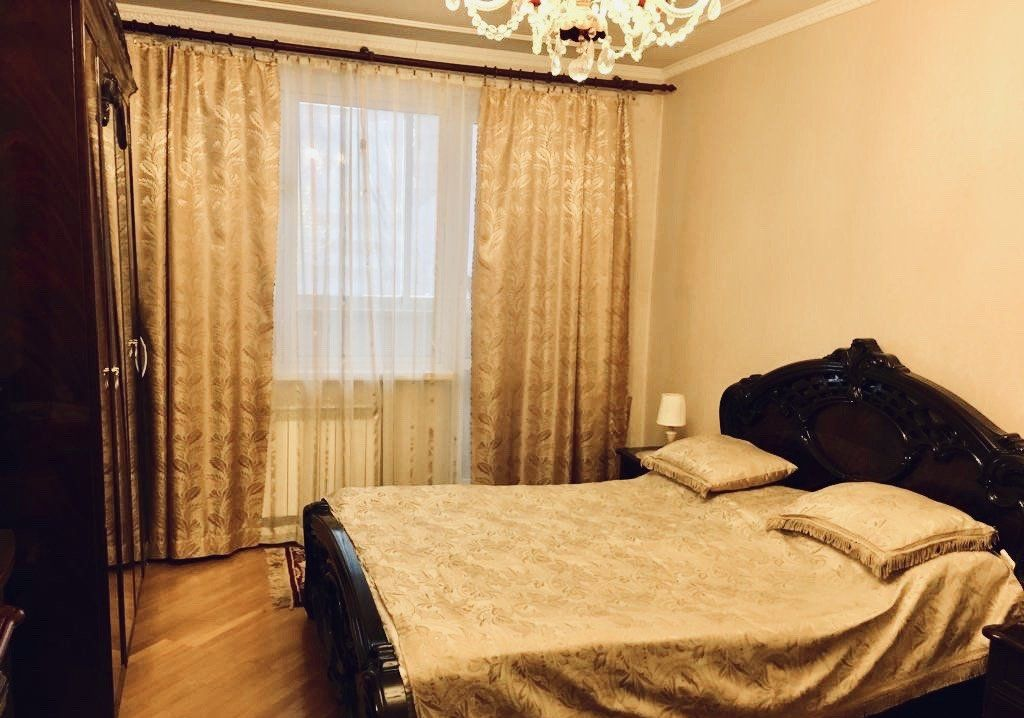 Продажа пятикомнатной квартиры Москва, метро Каховская, Симферопольский бульвар 14, цена 29900000 рублей, 2021 год объявление №249476 на megabaz.ru