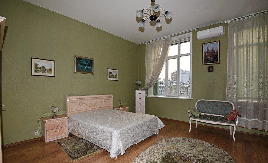 Продажа двухкомнатной квартиры Москва, метро Курская, Лялин переулок 8с1, цена 28600000 рублей, 2021 год объявление №251808 на megabaz.ru