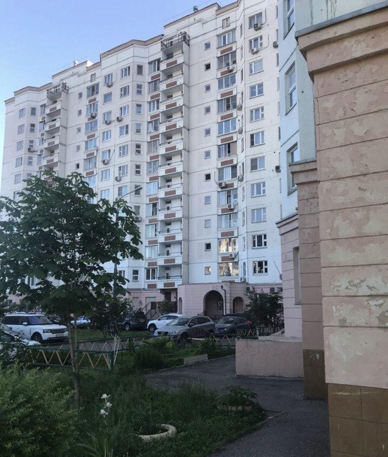 Аренда четырёхкомнатной квартиры Москва, улица Наташи Ковшовой 21, цена 90000 рублей, 2021 год объявление №826877 на megabaz.ru