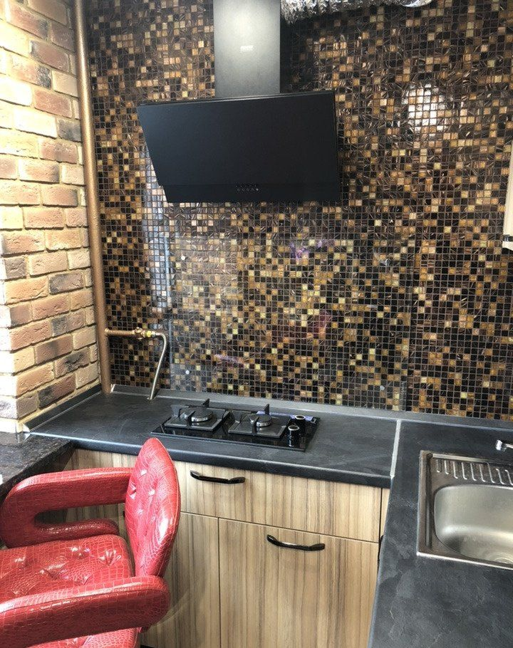 Купить однокомнатную квартиру в Москве у метро Менделеевская - megabaz.ru