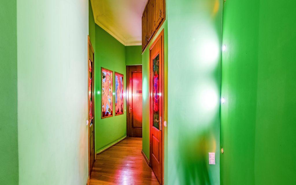 Купить пятикомнатную квартиру в Москве у метро Чеховская - megabaz.ru