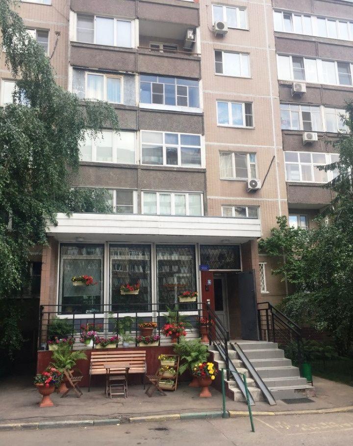 Купить четырёхкомнатную квартиру в Москве у метро Молодежная - megabaz.ru