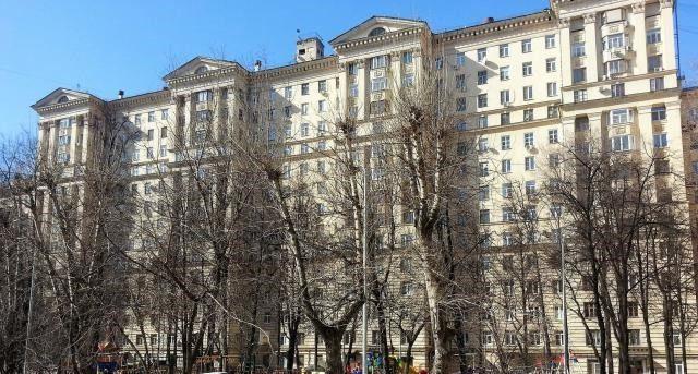 Продажа трёхкомнатной квартиры Москва, метро Электрозаводская, улица Госпитальный Вал 5к18, цена 11000000 рублей, 2021 год объявление №255438 на megabaz.ru