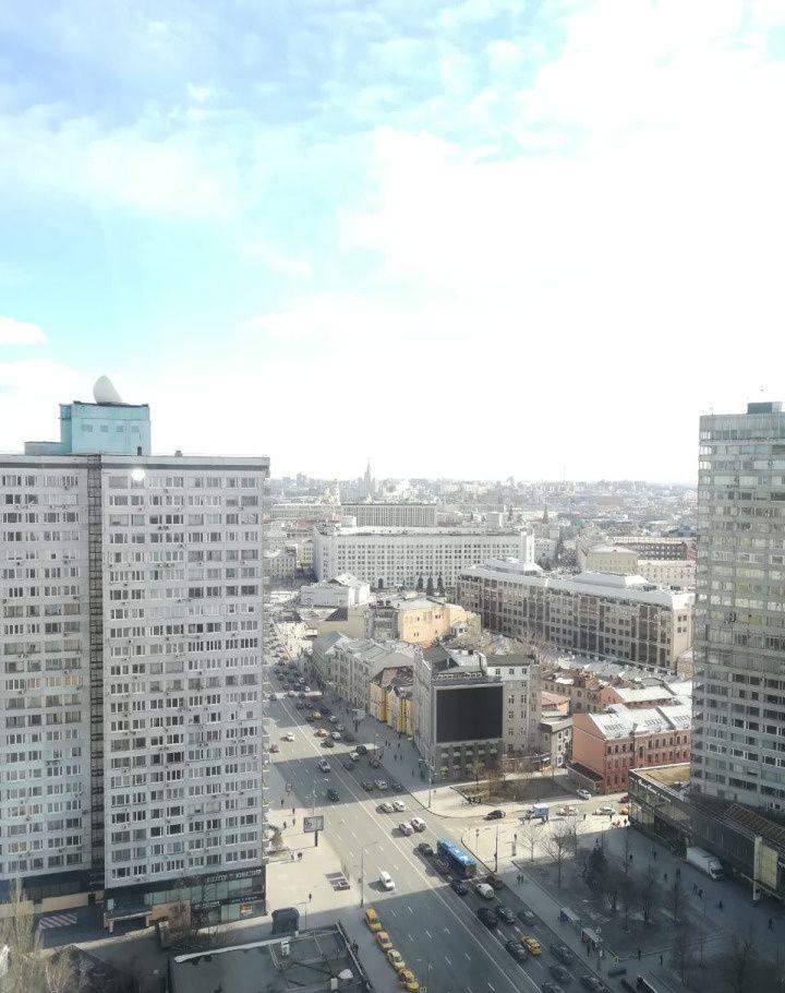 Аренда двухкомнатной квартиры Москва, метро Арбатская, улица Новый Арбат 10, цена 4000 рублей, 2021 год объявление №836468 на megabaz.ru