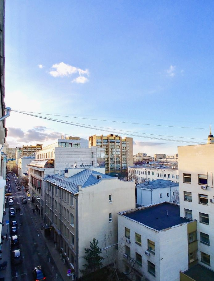 Аренда четырёхкомнатной квартиры Москва, метро Арбатская, Скатертный переулок 11, цена 190000 рублей, 2021 год объявление №838888 на megabaz.ru