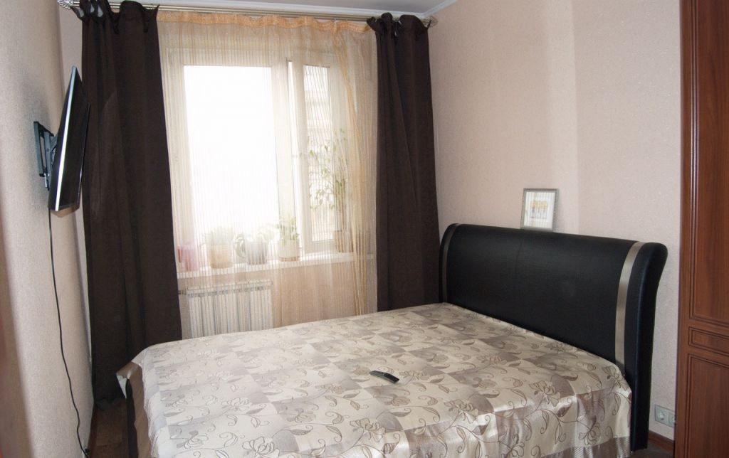 Купить трёхкомнатную квартиру в Москве у метро Улица Академика Янгеля - megabaz.ru