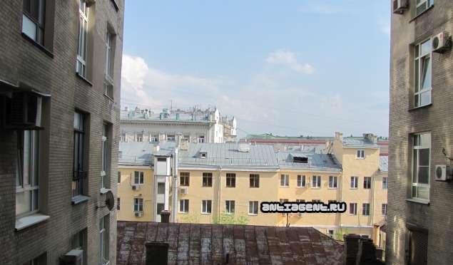 Аренда однокомнатной квартиры Москва, метро Тверская, Большой Гнездниковский переулок 10, цена 55000 рублей, 2021 год объявление №849821 на megabaz.ru