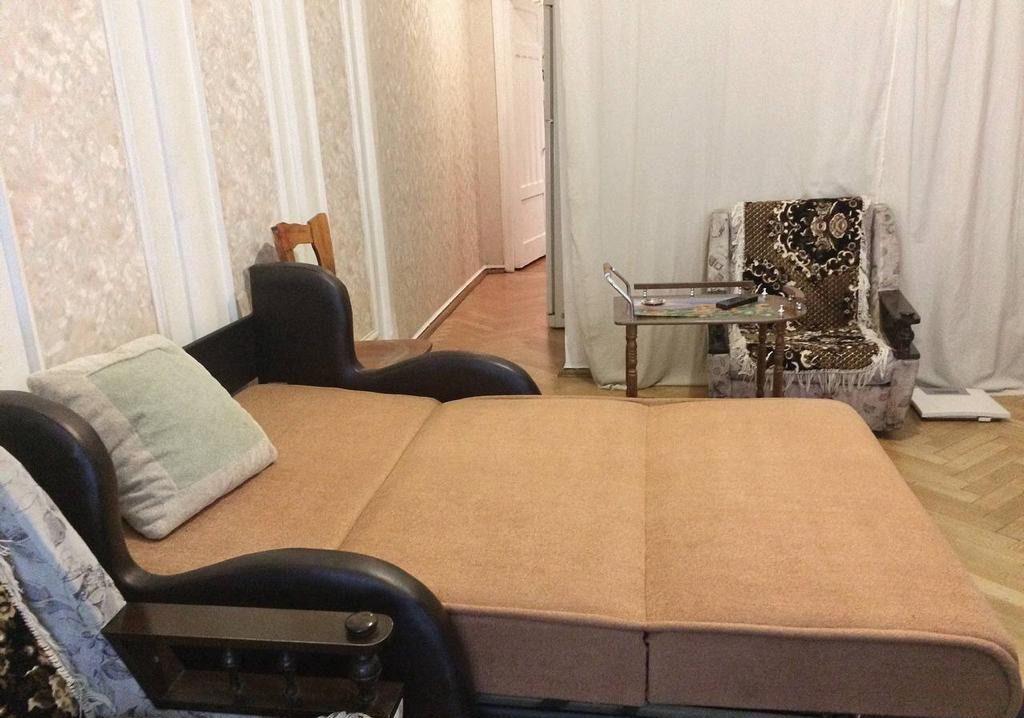 Аренда однокомнатной квартиры Москва, метро Тверская, Большой Гнездниковский переулок 10, цена 60000 рублей, 2021 год объявление №861281 на megabaz.ru