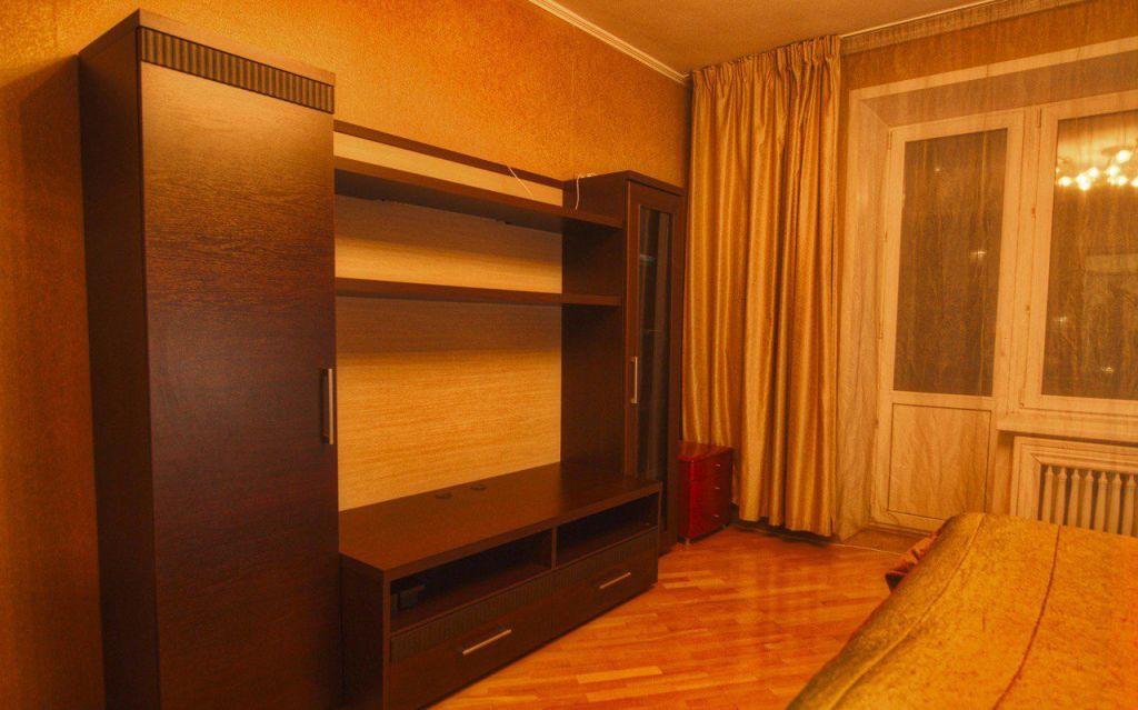 Купить четырёхкомнатную квартиру в Москве - megabaz.ru