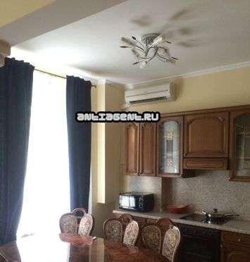 Аренда двухкомнатной квартиры Москва, метро Баррикадная, Новинский бульвар 18с1, цена 80000 рублей, 2021 год объявление №871228 на megabaz.ru