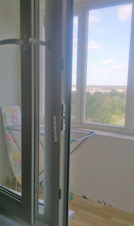 Аренда двухкомнатной квартиры Москва, метро Пятницкое шоссе, Синявинская улица 11, цена 28000 рублей, 2021 год объявление №874182 на megabaz.ru