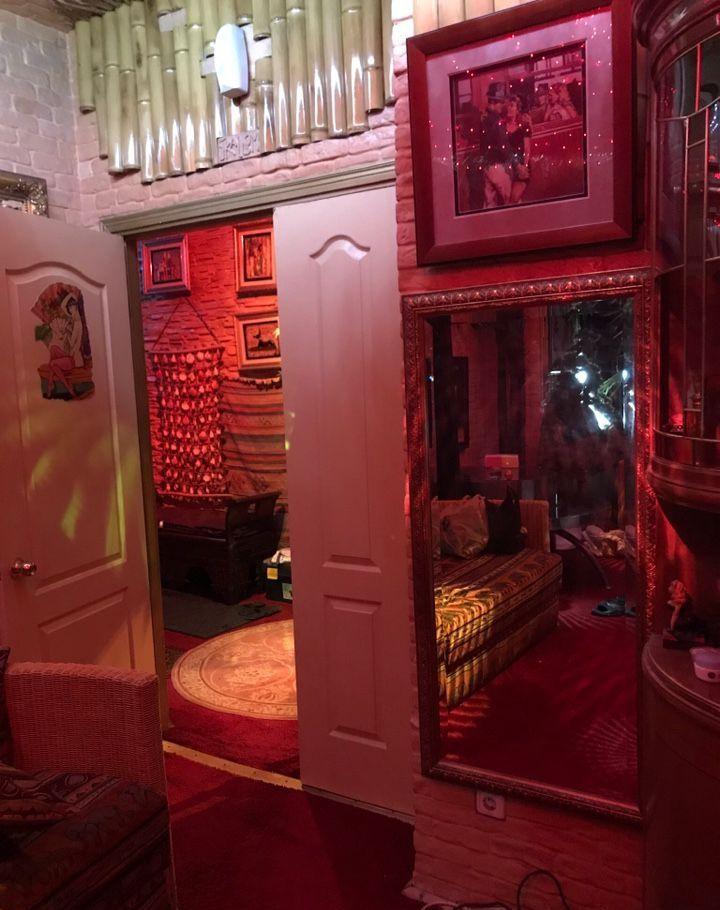Аренда четырёхкомнатной квартиры Москва, метро Баррикадная, улица Новый Арбат, цена 600000 рублей, 2021 год объявление №877897 на megabaz.ru