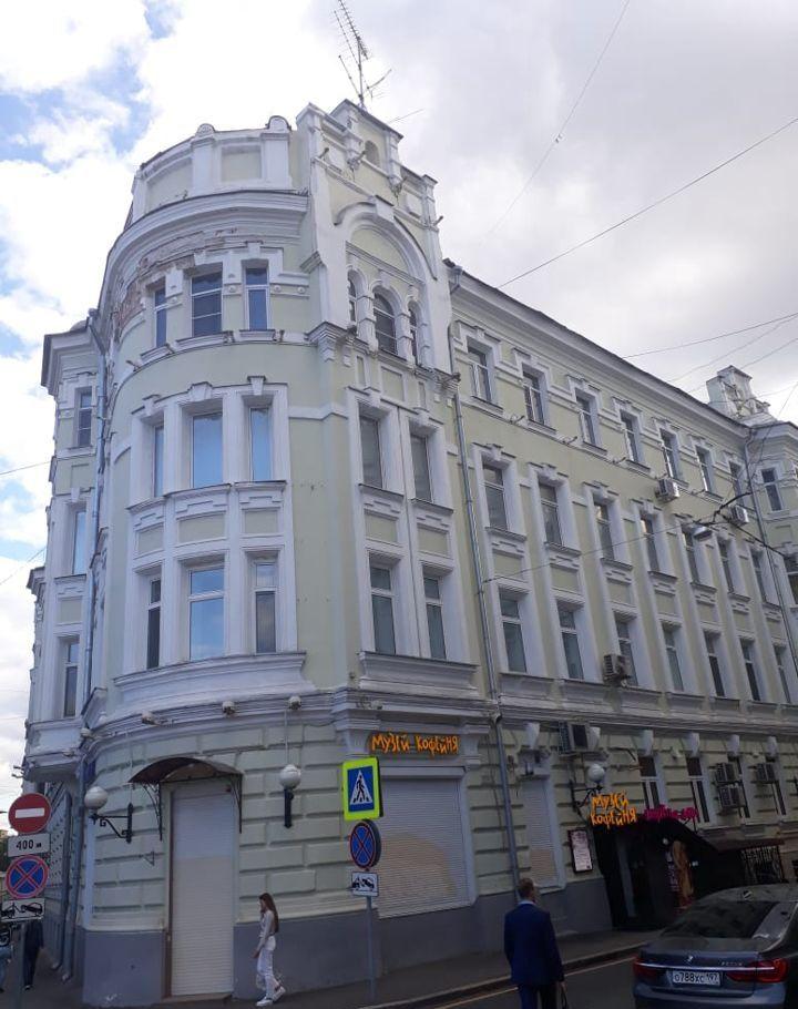 Продажа двухкомнатной квартиры Москва, метро Тверская, Мерзляковский переулок 15, цена 39000000 рублей, 2021 год объявление №265424 на megabaz.ru