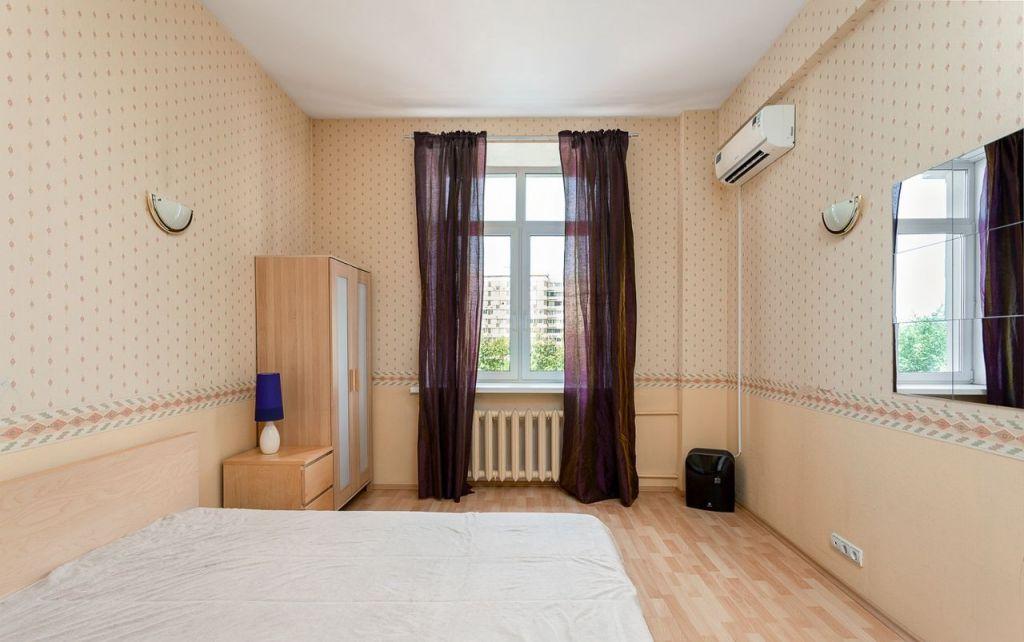 Продажа двухкомнатной квартиры Москва, метро Тверская, Тверская улица 17, цена 25900000 рублей, 2021 год объявление №265321 на megabaz.ru