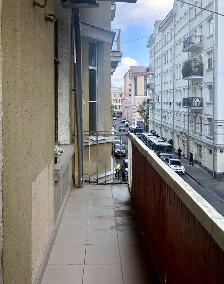 Продажа трёхкомнатной квартиры Москва, метро Тверская, Козицкий переулок 1А, цена 24000000 рублей, 2021 год объявление №266943 на megabaz.ru